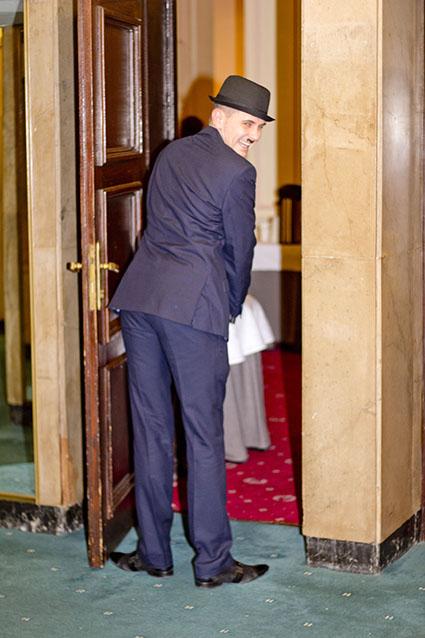 Перед выходом Чарли Чаплин